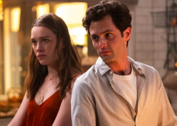 Victoria Pedretti and Penn Badgley as Love and Joe in You