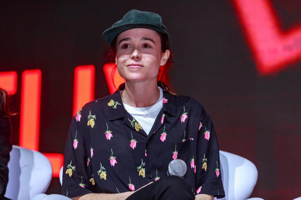 Elliot in a hat