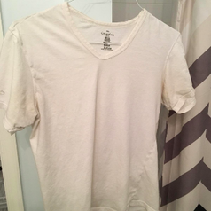 Same shirt totally white after use