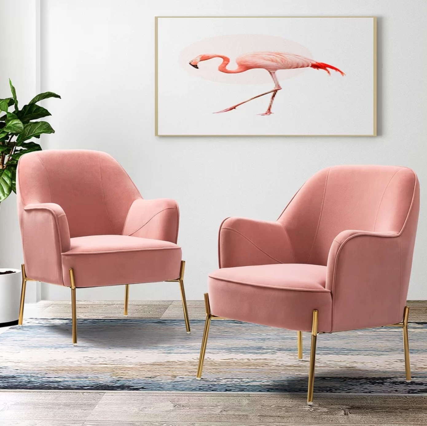 The set of two armchairs in pink