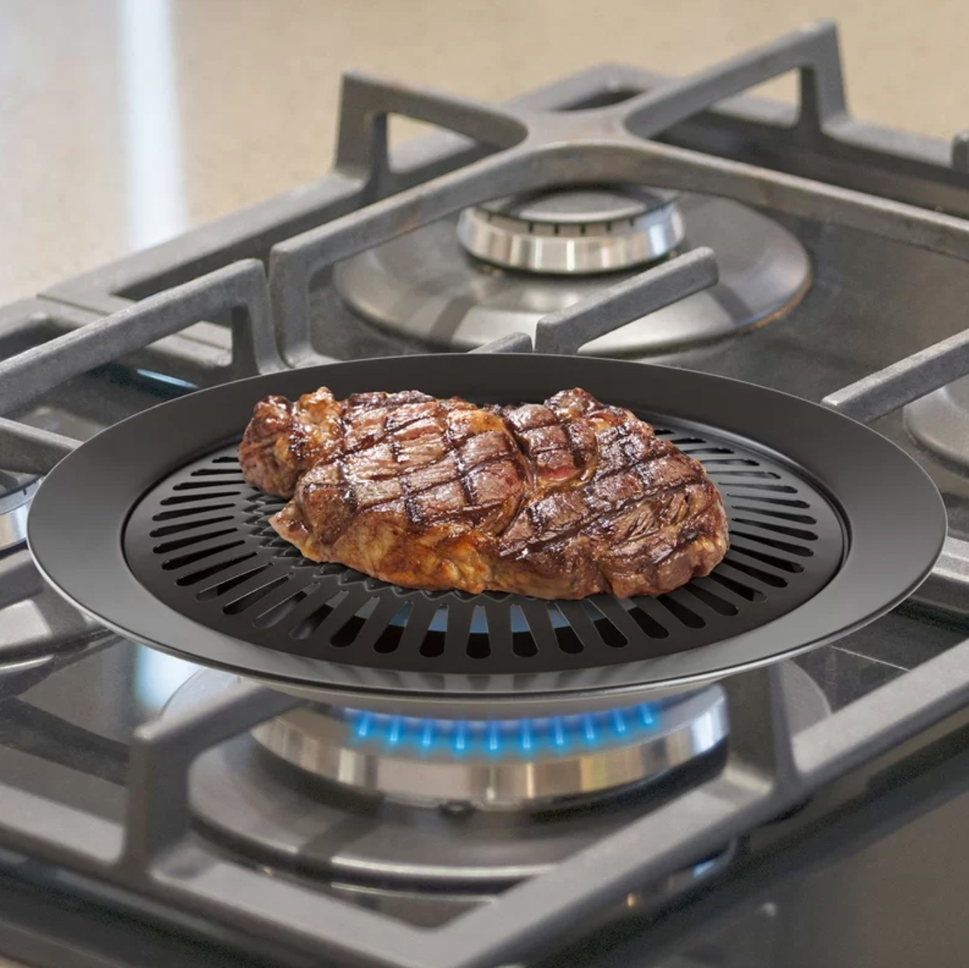The non-stick grill pan