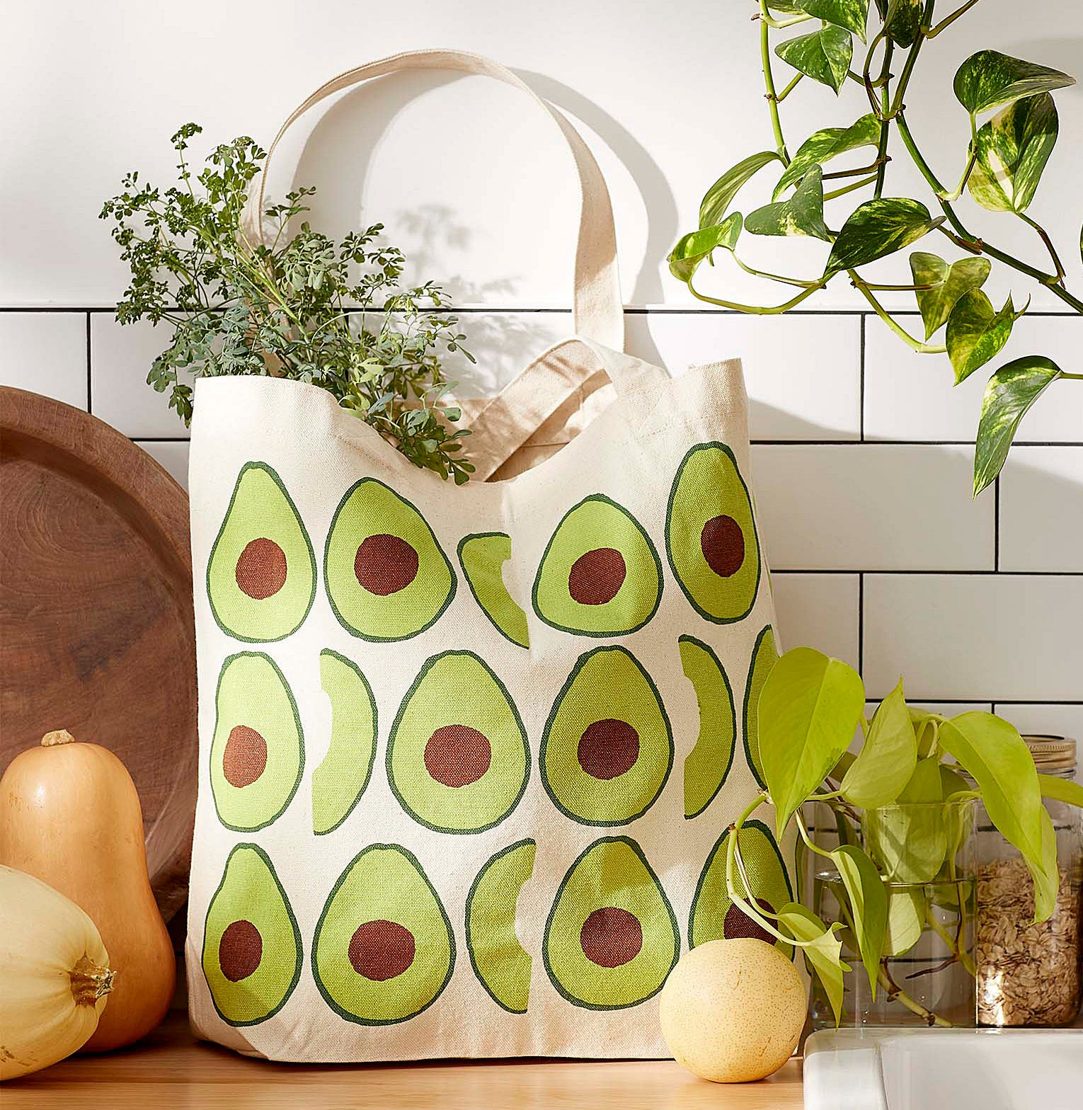 The avocado tote on a kitchen counter