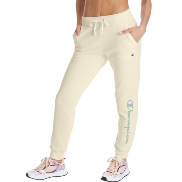 Model in graphic jogger