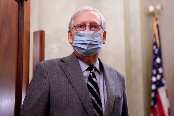Mitch McConnell wears a mask