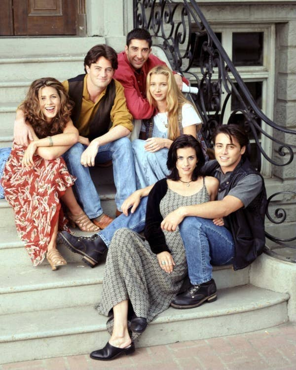 Rachel Green, Chandler Bing, Monica Geller, Joey Tribbiani, Phoebe Buffay, and Ross Geller from Friends