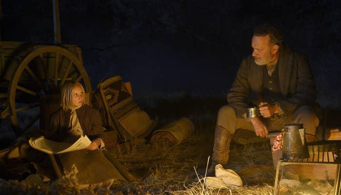 NEWS OF THE WORLD, from left: Helena Zengel, Tom Hanks, 2020