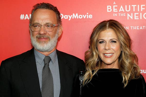 Tom Hanks dan Rita Wilson menghadiri & quot; A Beautiful Day In The Neighborhood & quot;  Pemutaran New York di Auditorium Henry R. Luce di Brookfield Place pada 17 November 2019 di New York City