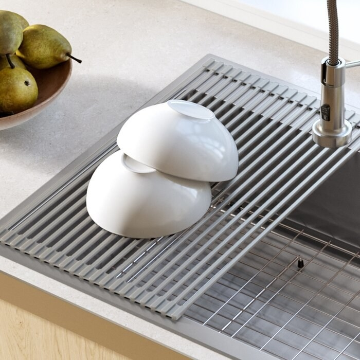 Dish rack holding two bowls