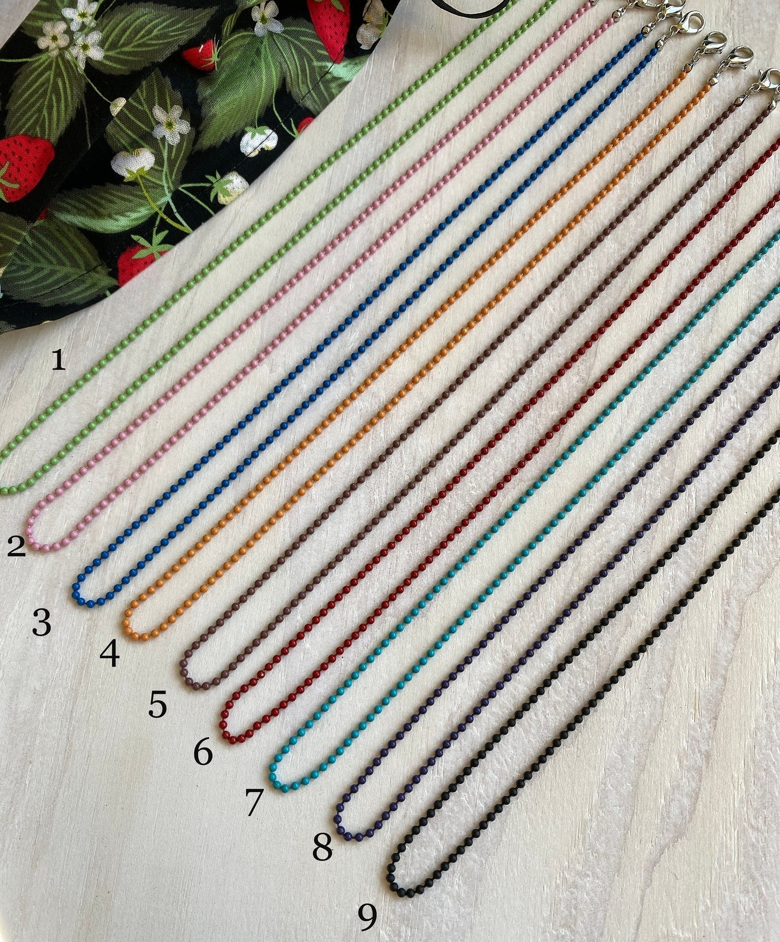 Small beaded face mask chains in nine colors