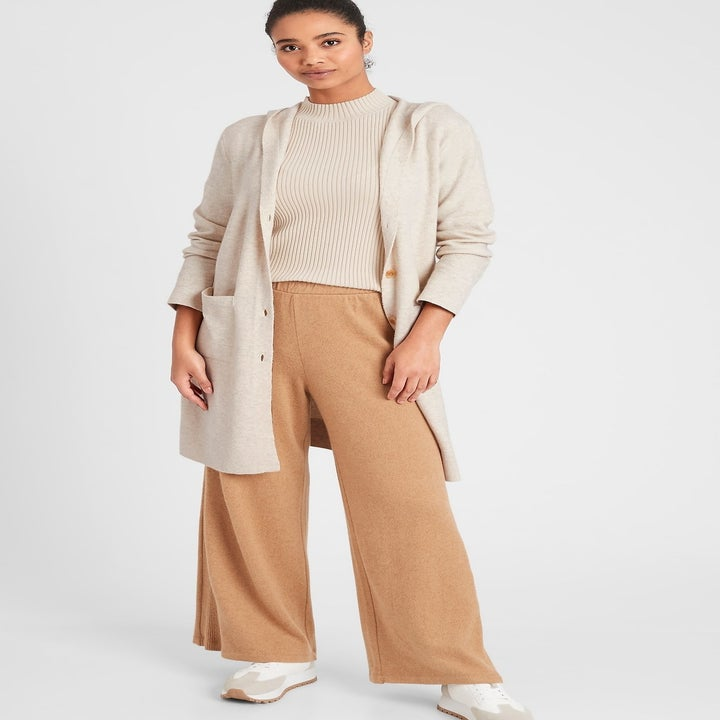 model wearing hooded duster cardigan in heather oatmeal