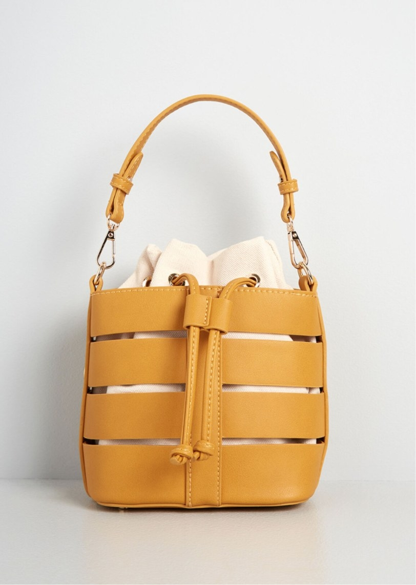 The bag in mustard