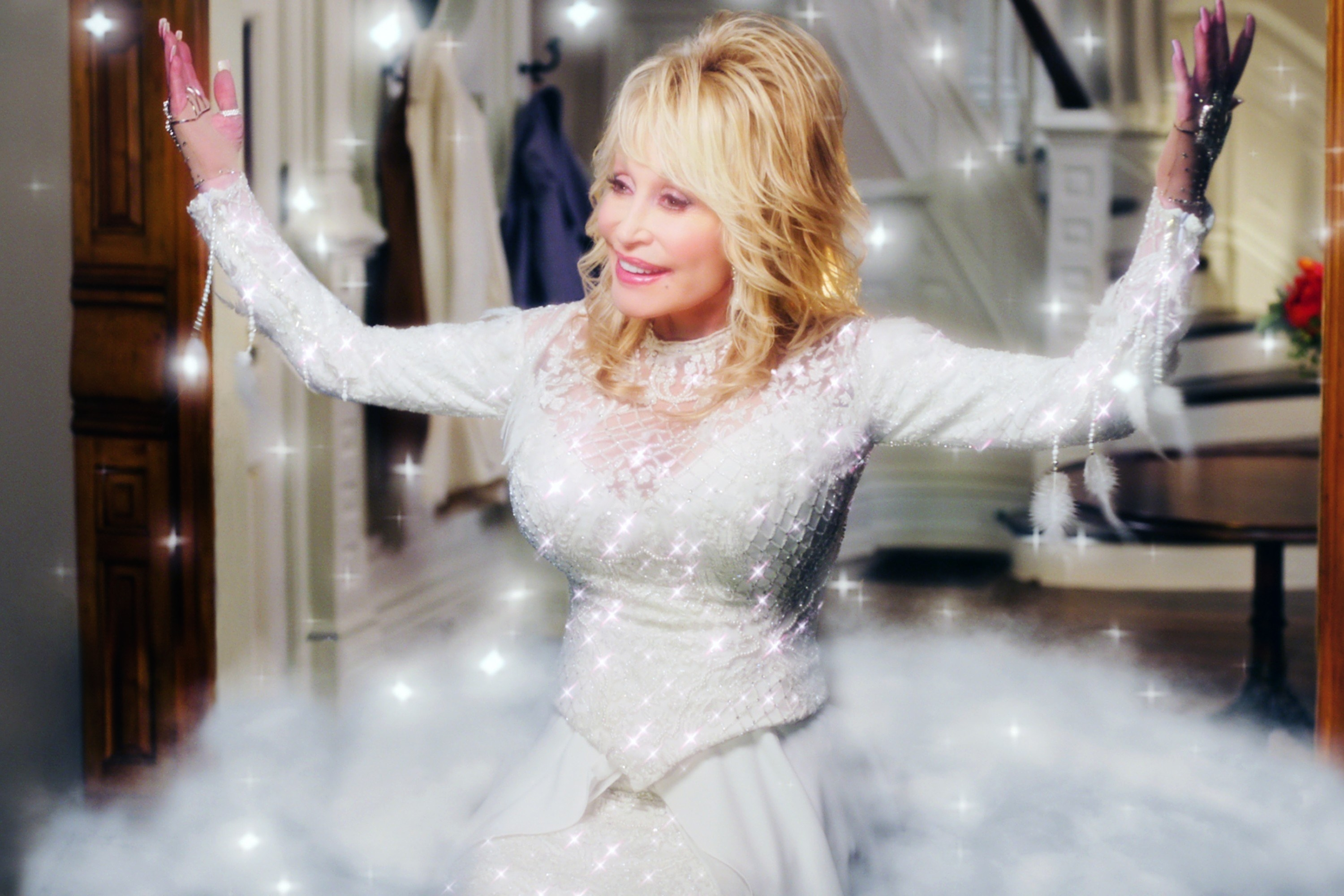 Dolly Parton sparkles in Christmas on the Square
