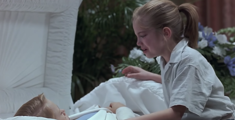 "Macaulay Culkin as Thomas J. Sennett and Anna Chlumsky as Vada Sultenfuss in the movie ""My Girl."""
