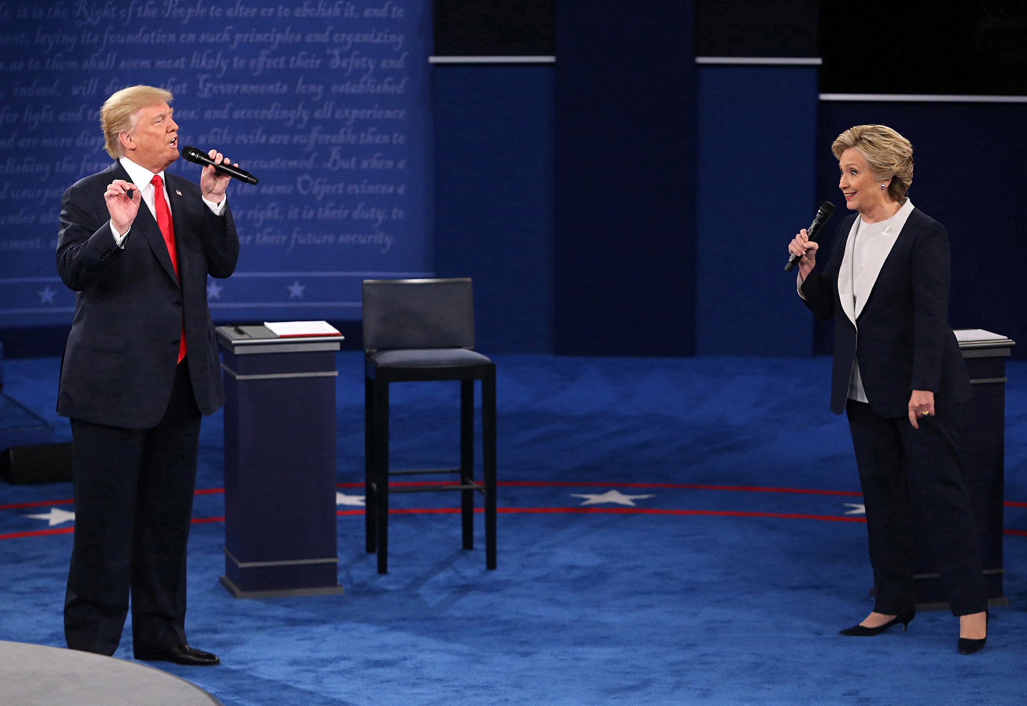 Donald Trump and Hilary Clinton on the debate stage