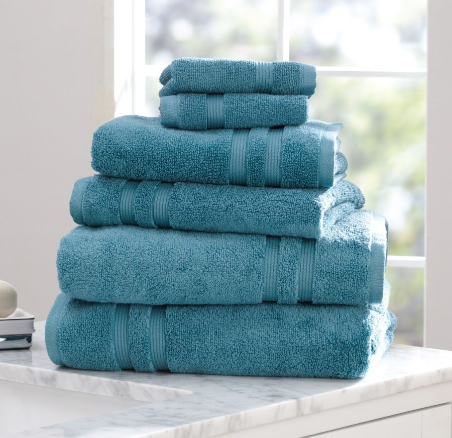 The towels in the color cool water