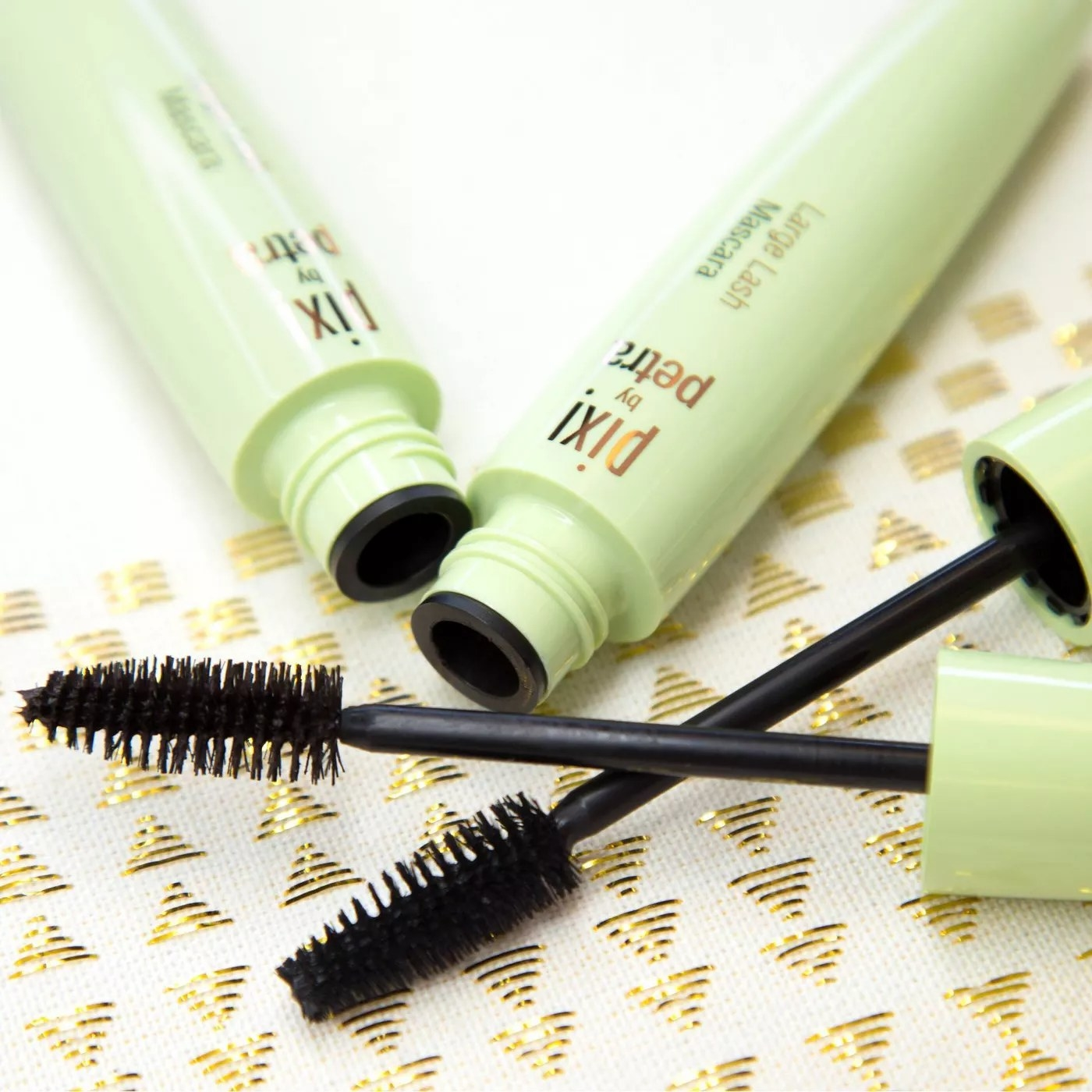 Pixi by petra large lash mascara