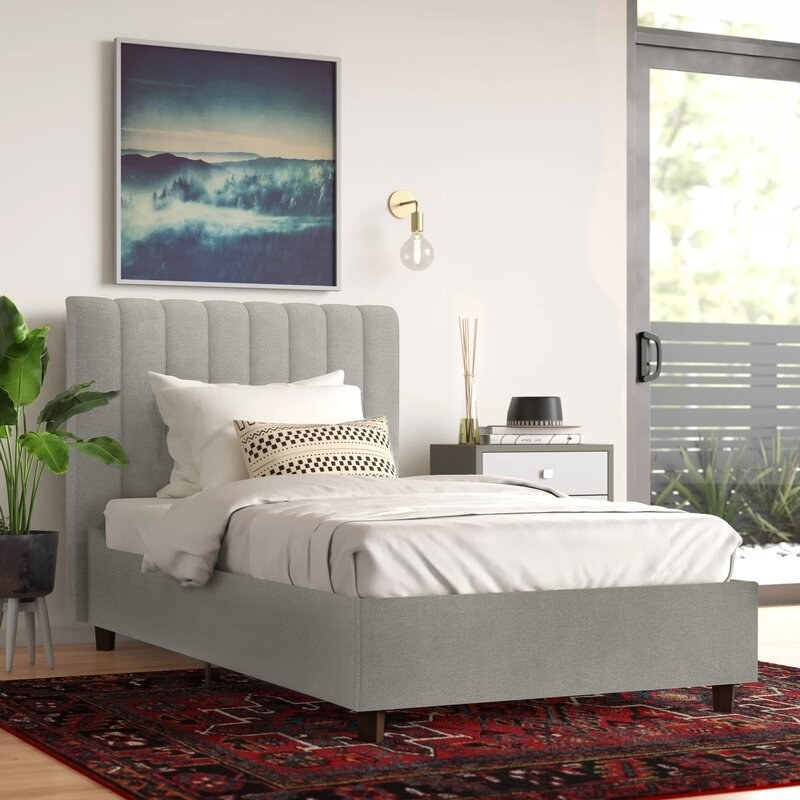 The tufted bed