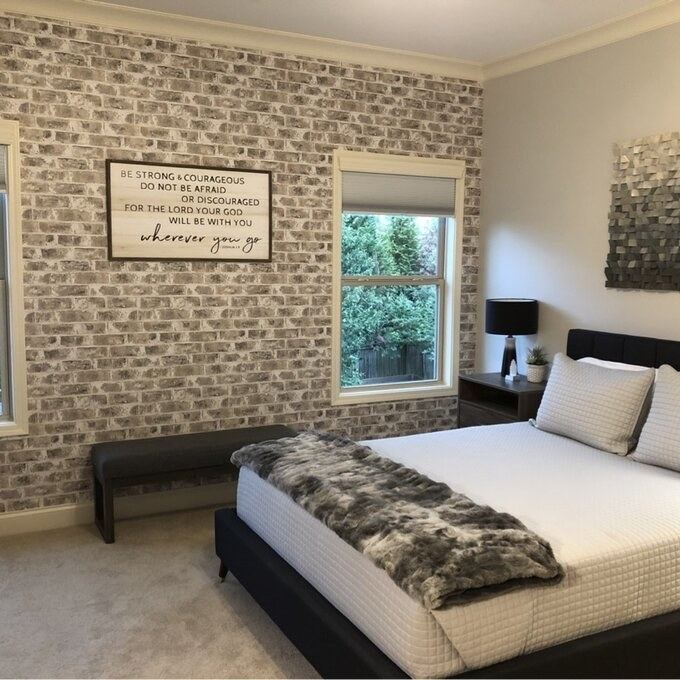 The gray wallpaper