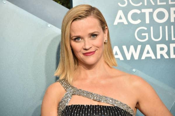 Reese Witherspoon menghadiri Penghargaan Screen Actors Guild Awards ke-26 di The Shrine Auditorium pada 19 Januari 2020 di Los Angeles, California