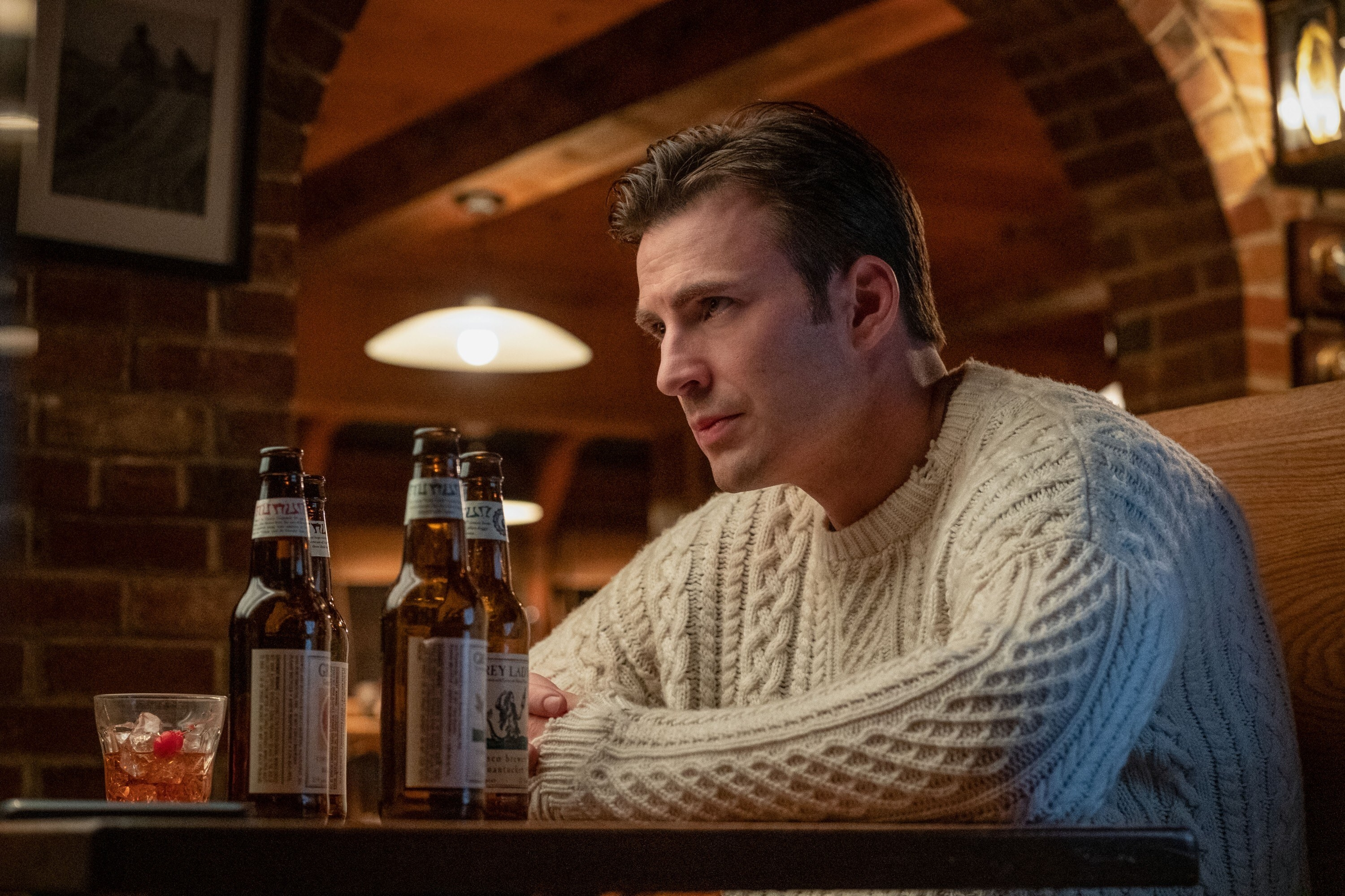 """Chris Evans as Hugh Ransom Drysdale in """"Knives Out"""" wearing his famous sweater"""