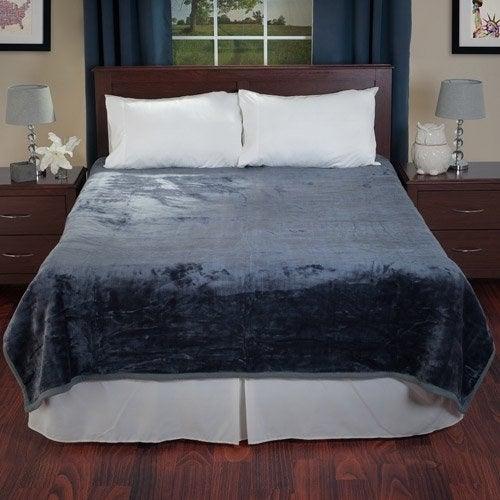 The velvety blanket in blue