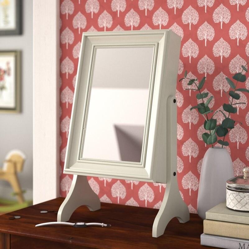 The mirrored jewelry box