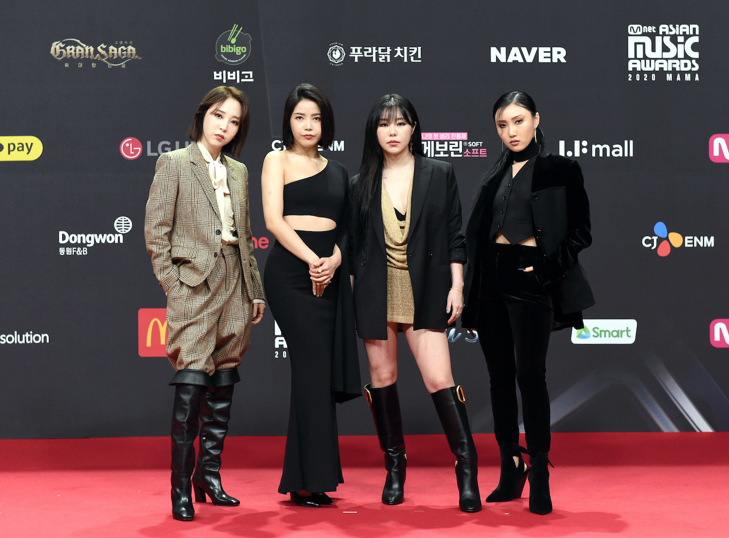 Mamamoo attends the 2020 Mnet Asian Music Awards