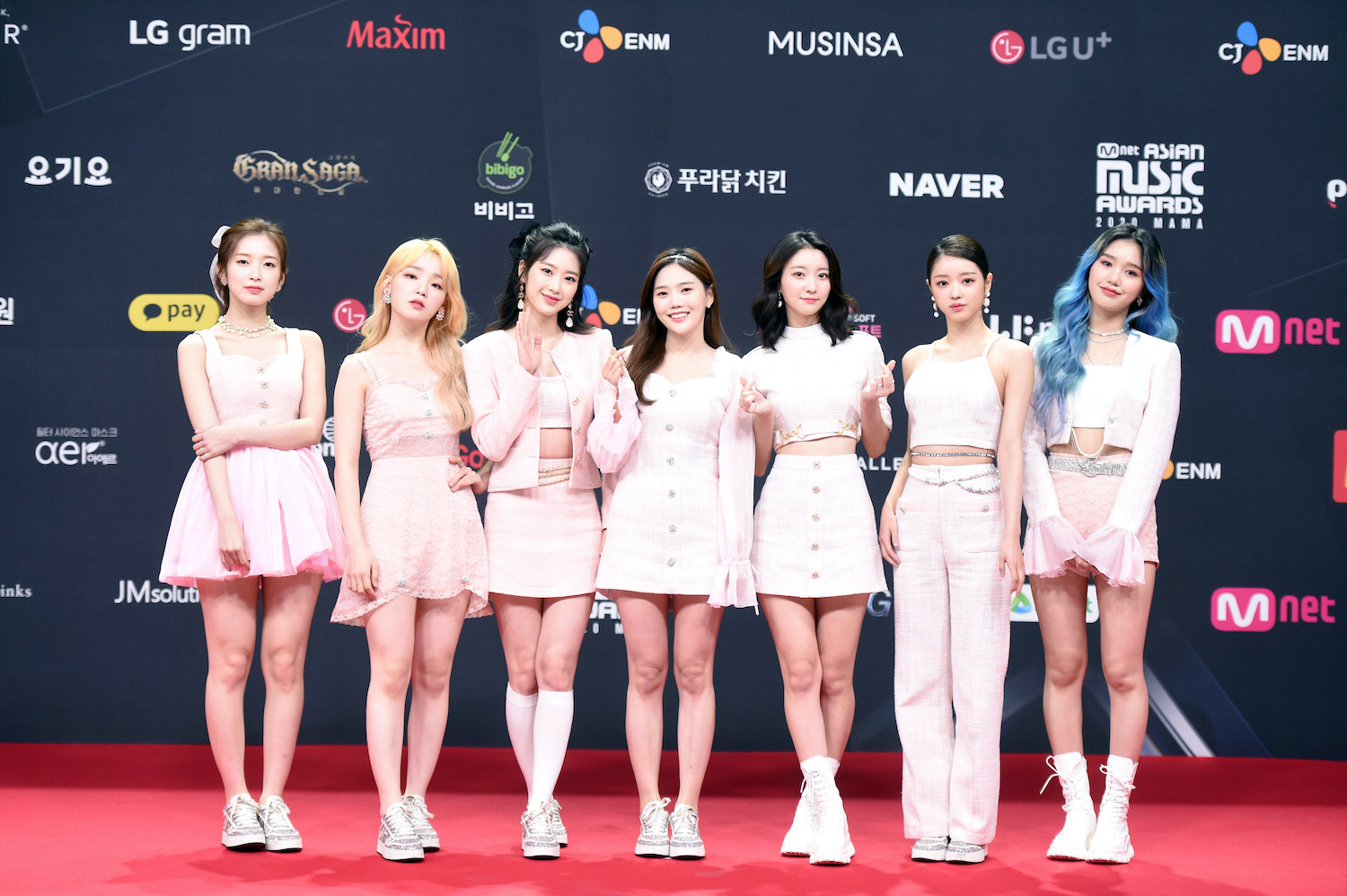 Oh My Girl attends the 2020 Mnet Asian Music Awards