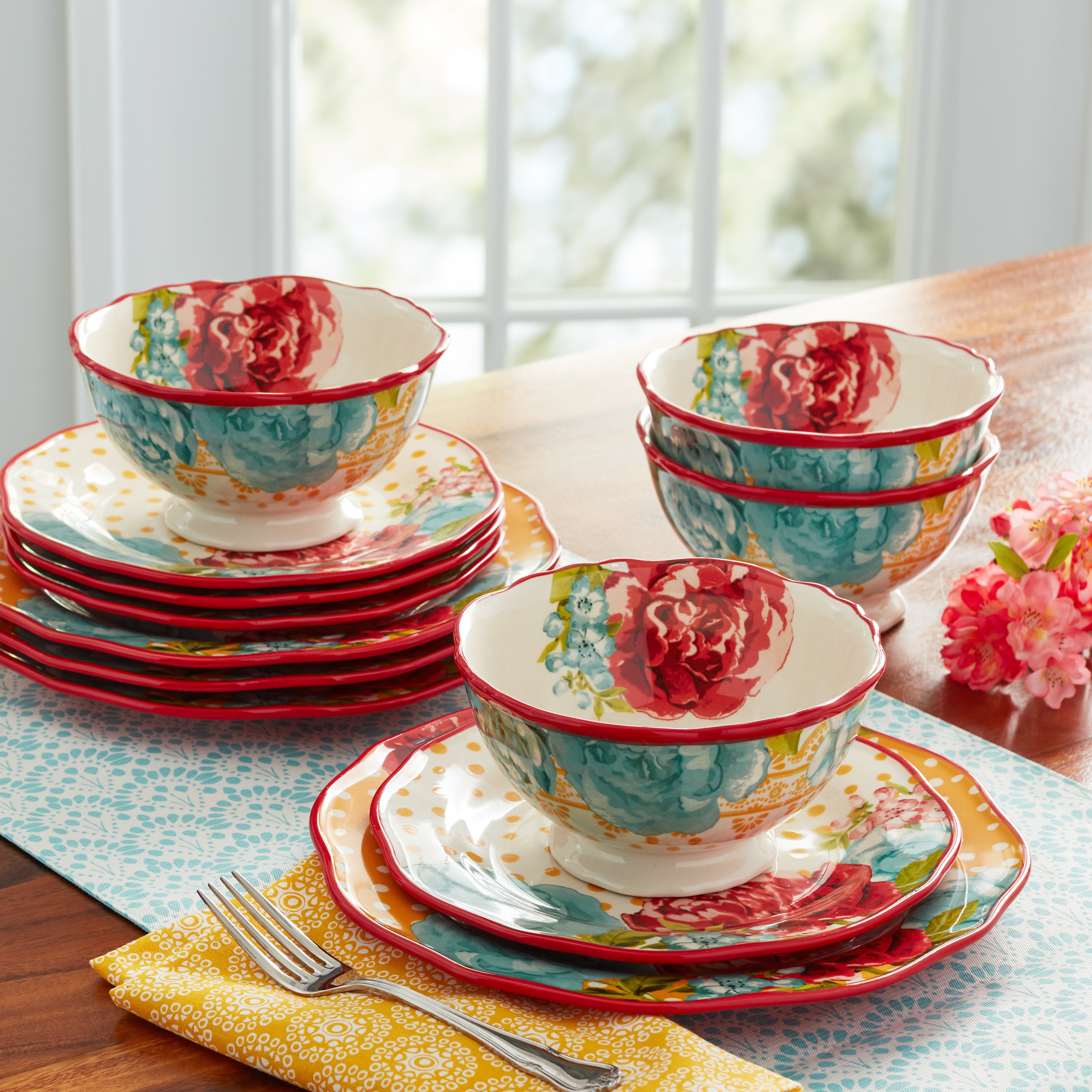 The floral dinnerware set on a table