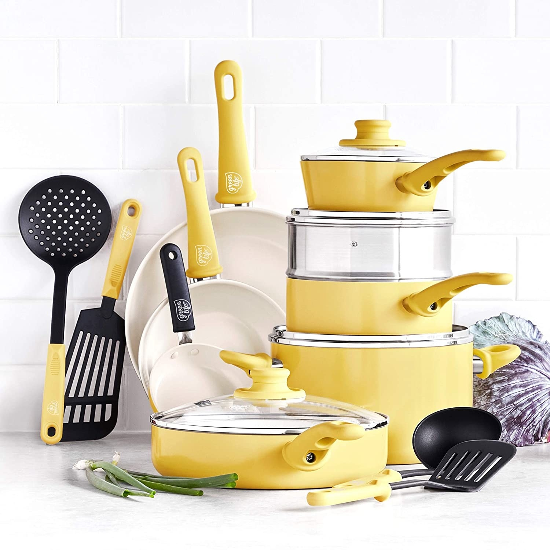 pot set in yellow