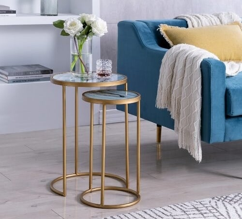 Gold metal round table frames with faux agate tabletop