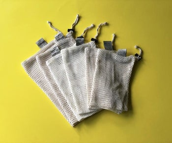 The small, medium, and large bags which come in the set of six