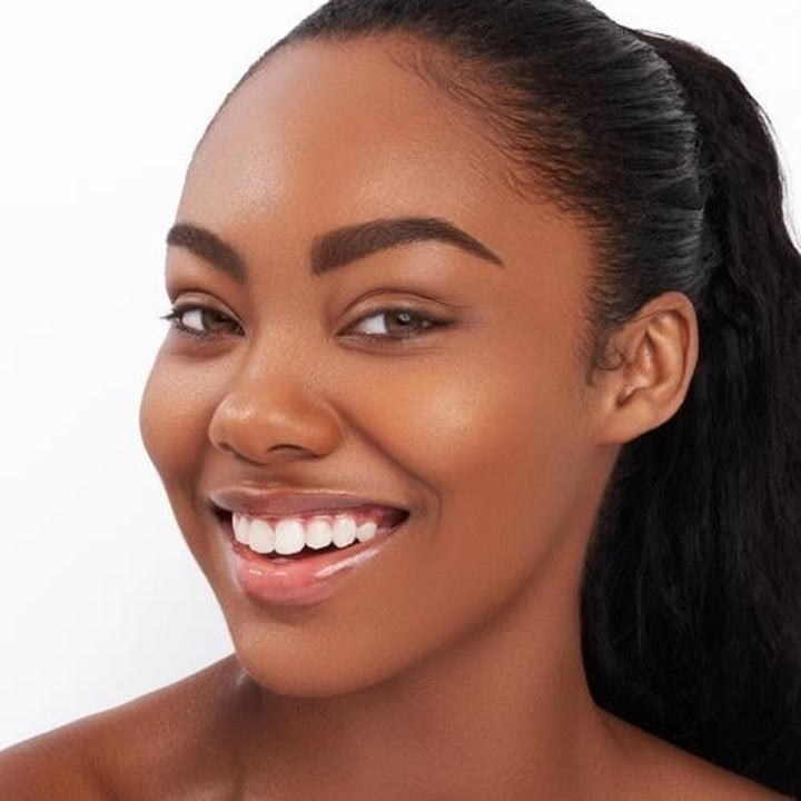 a model whose complexion matches the instabake aqua glass foundation in 317