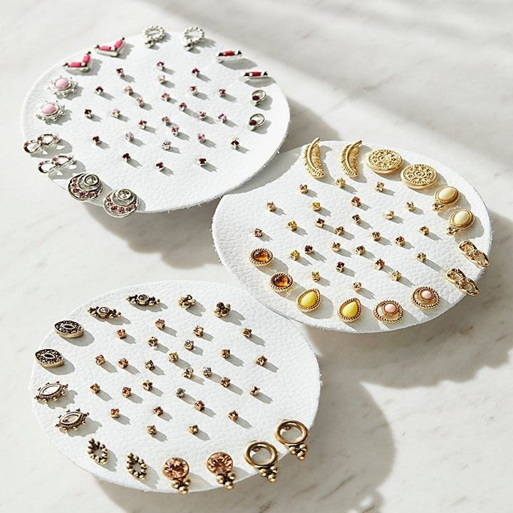 various sets of 20 pairs of studded earrings