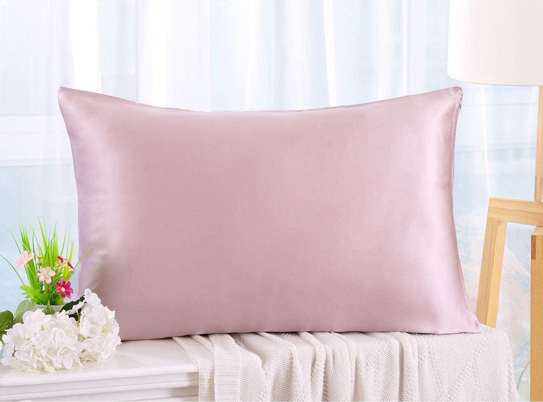 Zimasilk silk pillowcase in the shade light plum