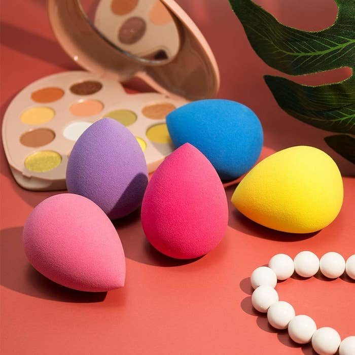 Five Beakey makeup blending sponges in various colors