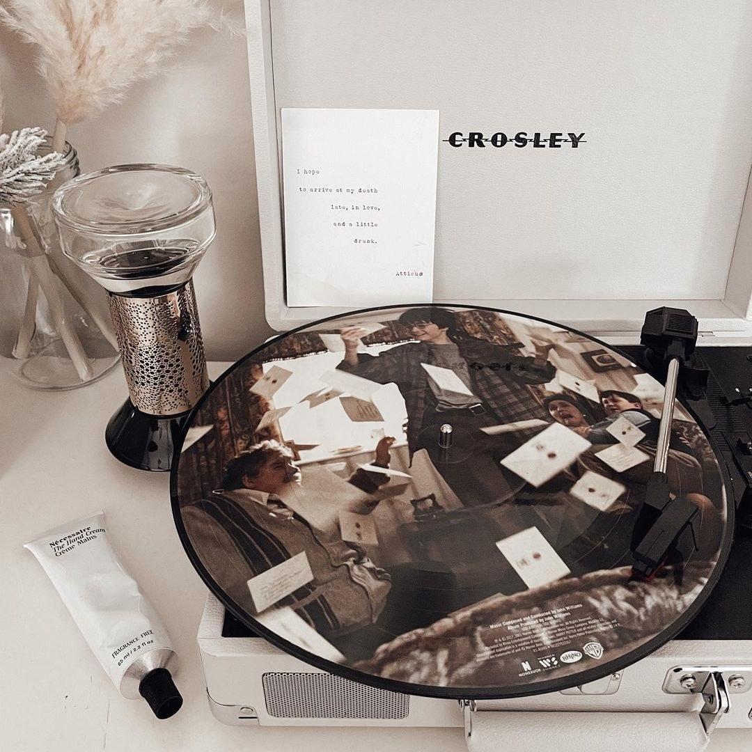 harry potter vinyl on record player