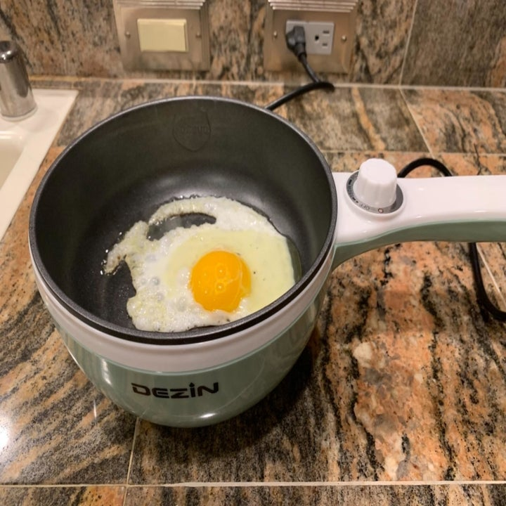 Fried egg in same electric hot pot
