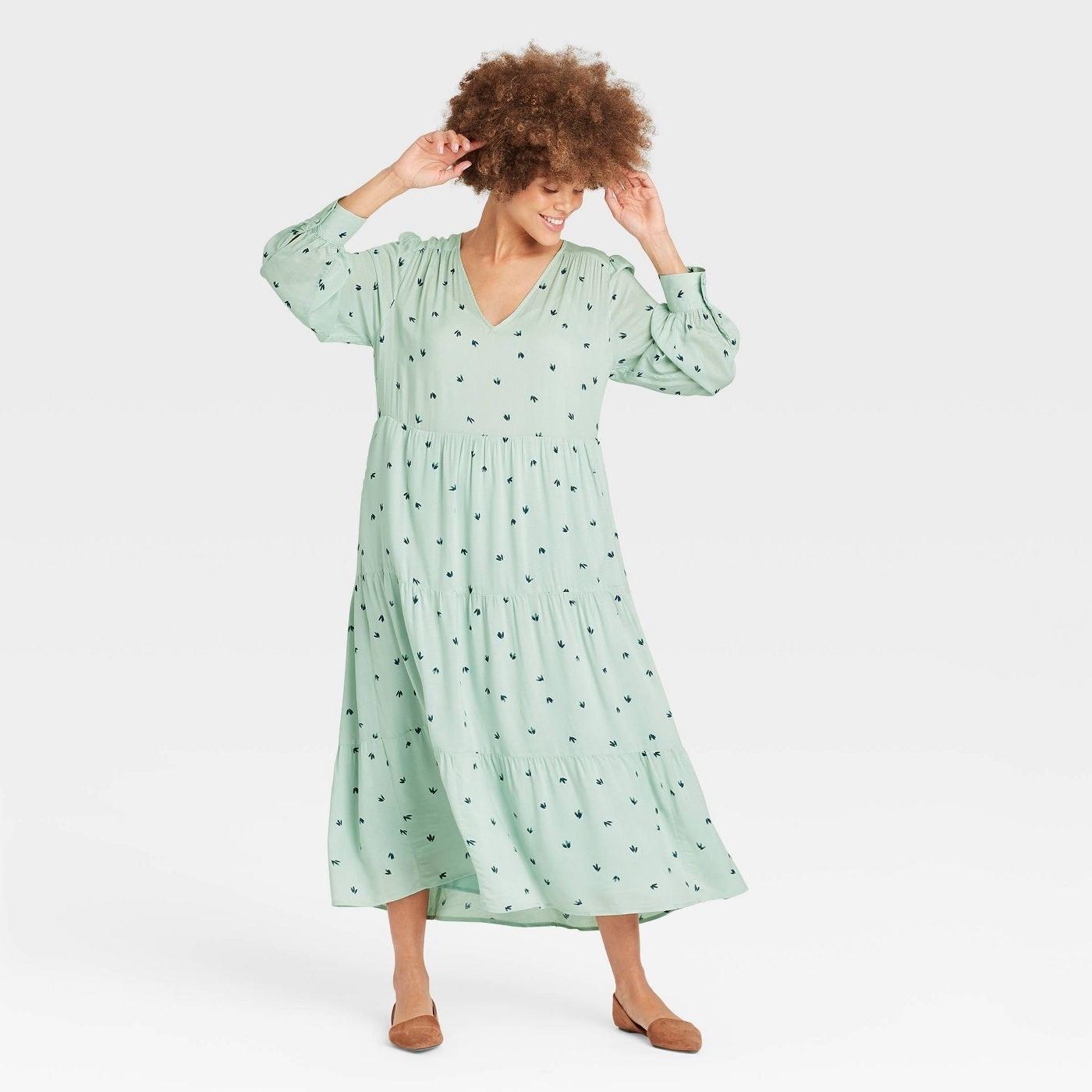 A model wearing the dress