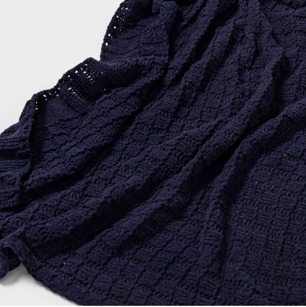 Navy blue woven throw blanket