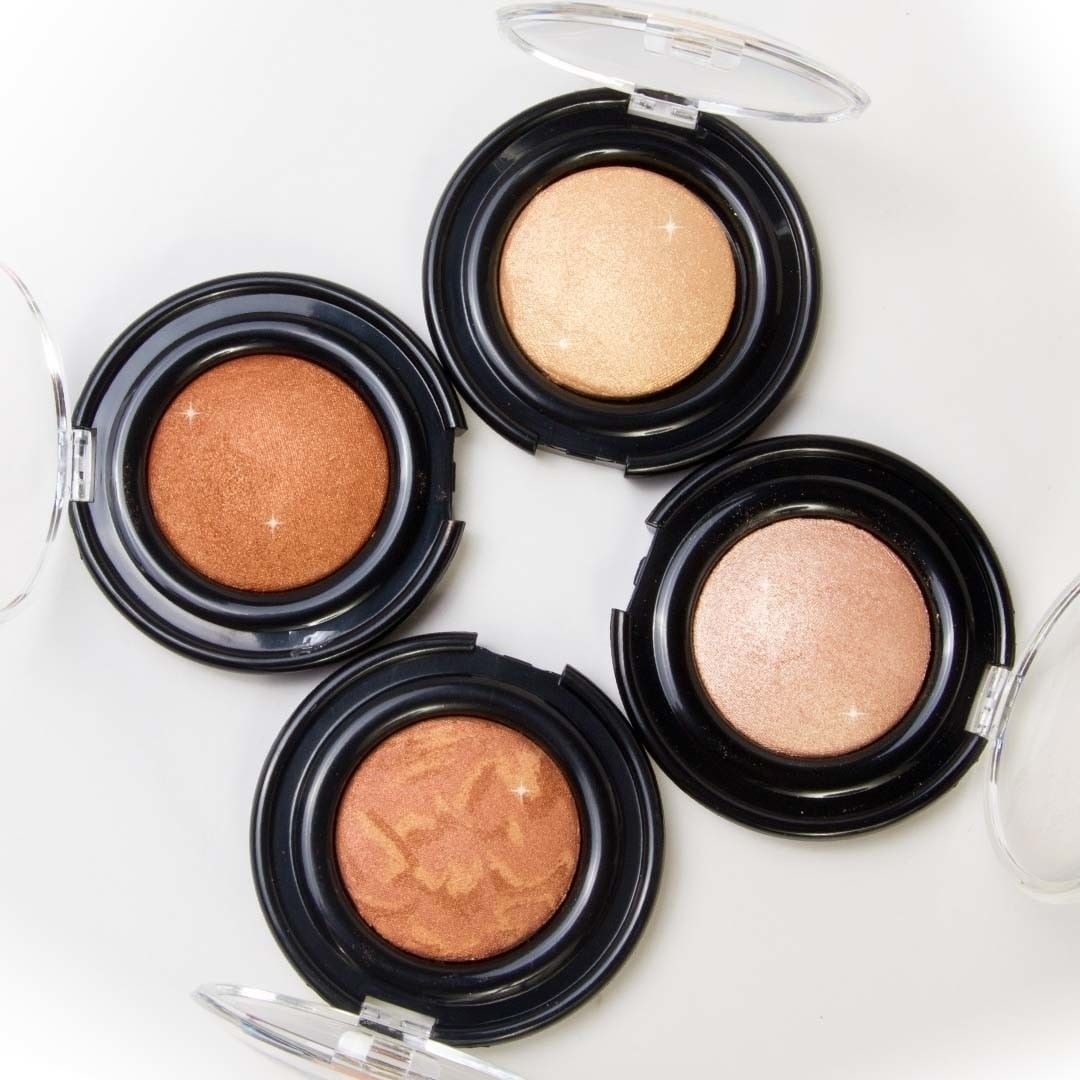 A set of face bronzers