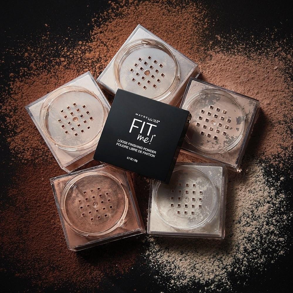 A set of setting powders