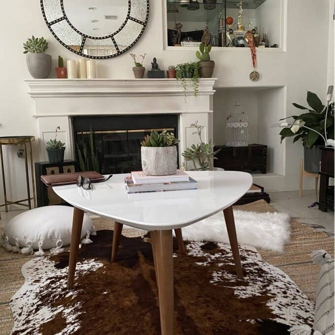Review photo of the off-white coffee table