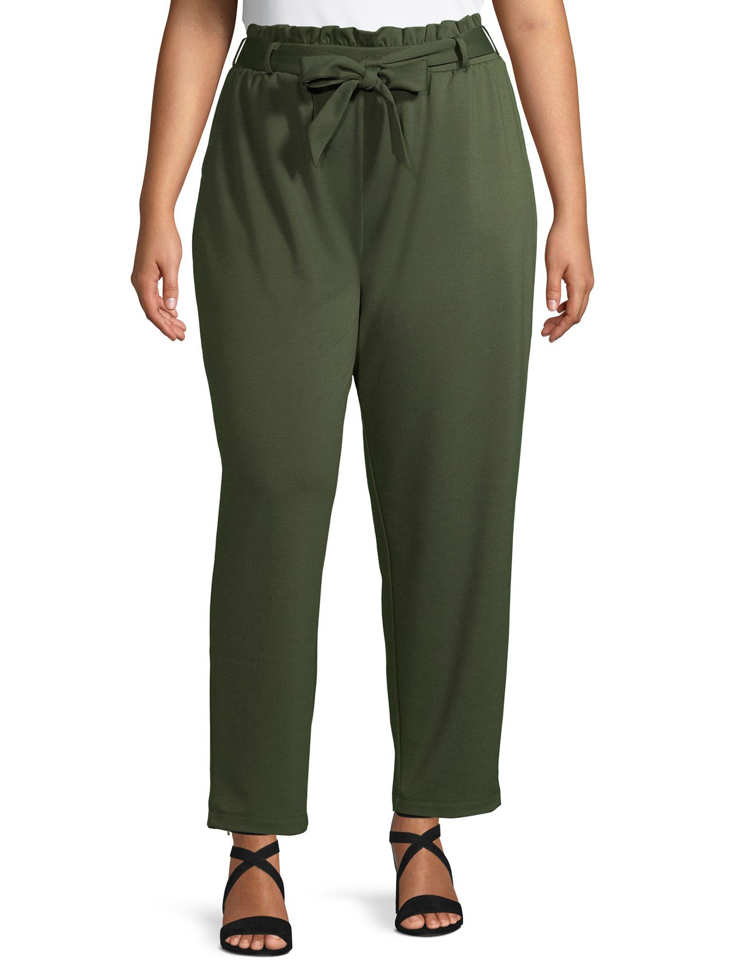 Model in paper bag waist pants