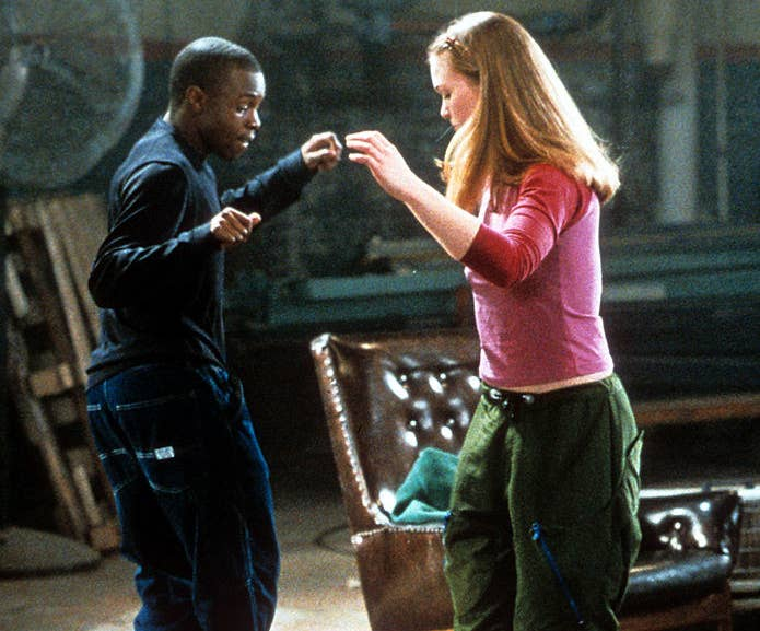 """Sean Patrick Thomas dances with Julia Stiles in a scene from the film """"Save The Last Dance"""""""