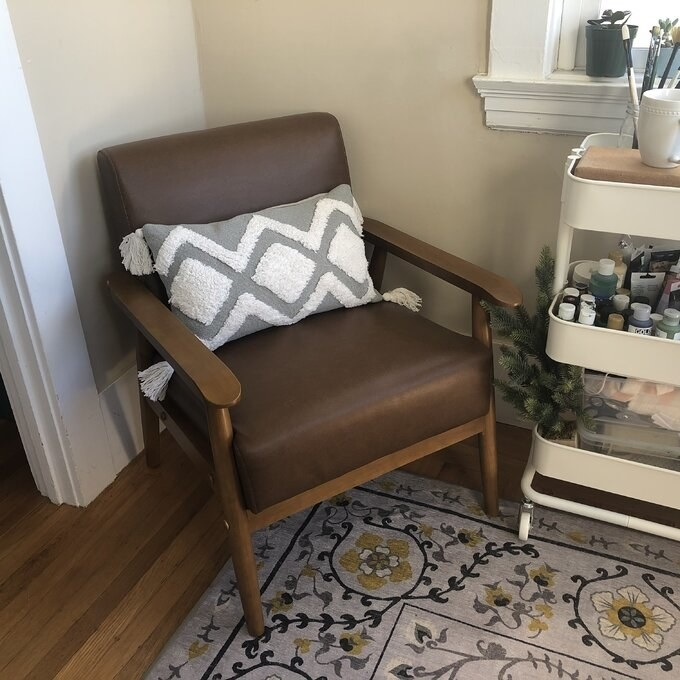 Review photo of the cognac armchair