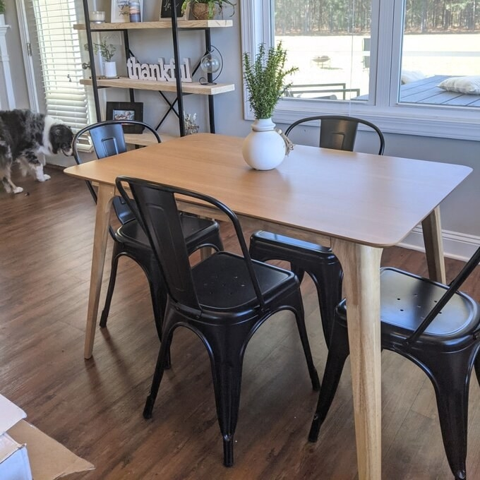 Review photo of the dining table