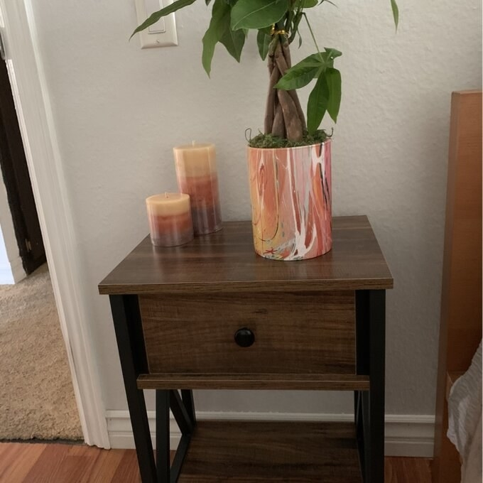 Review photo of the brown nightstand