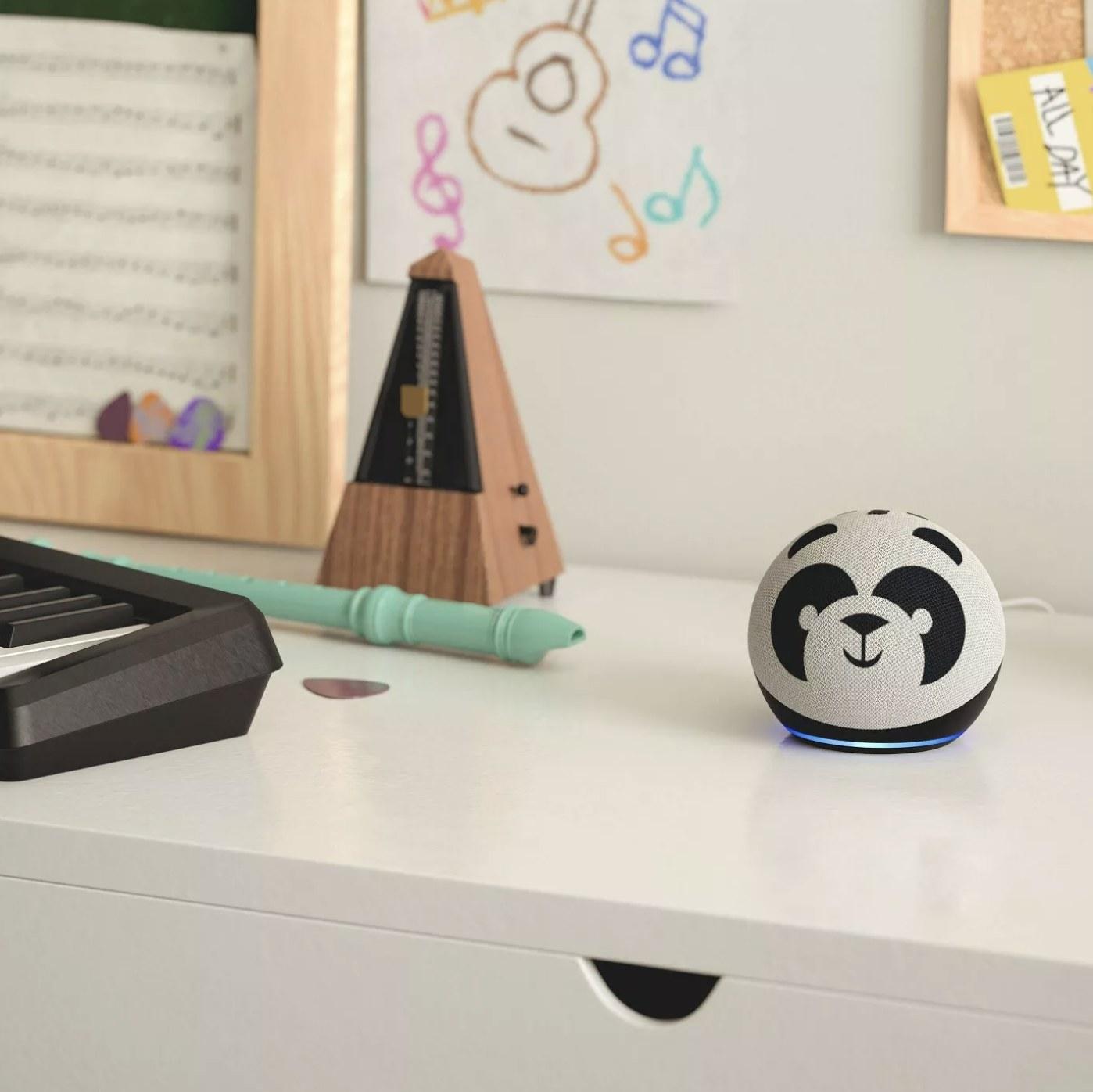 The panda Amazon Echo