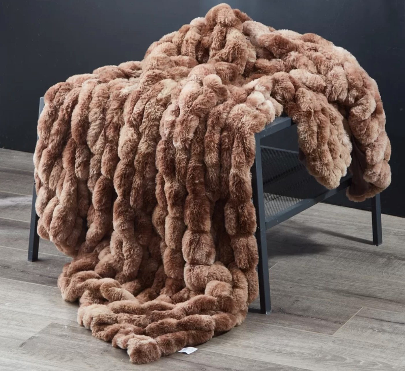 The faux fur throw in chocolate